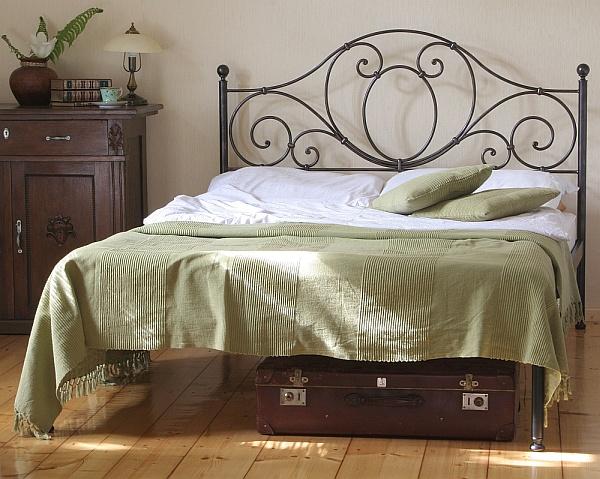 Łóżko kute Agnes z jednym szczytem