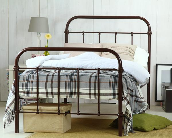Łóżko metalowe Ivo dwa szczyty